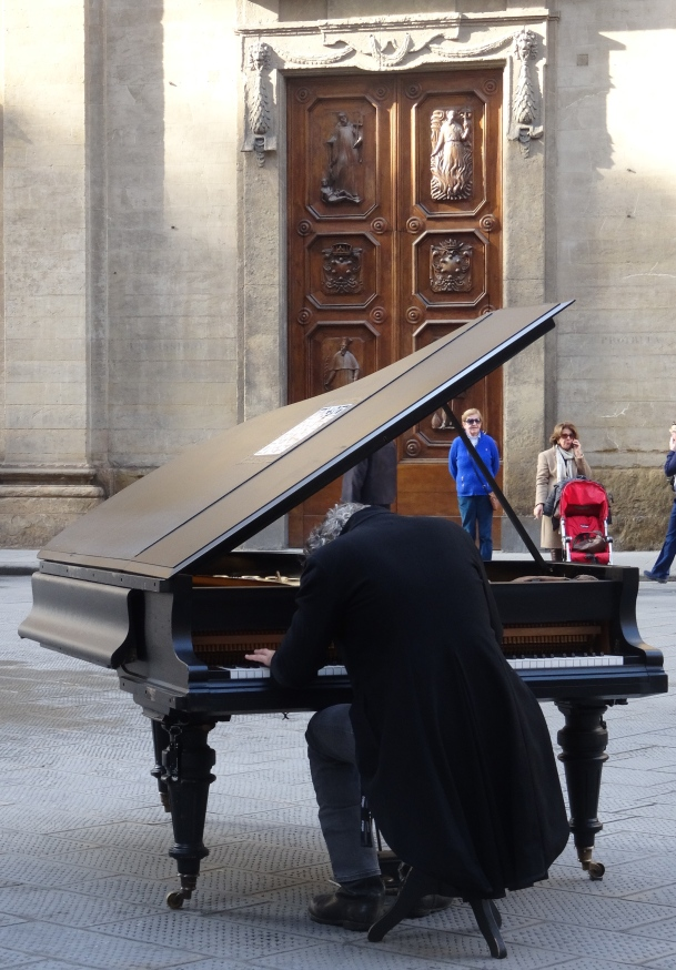 Piano in a piazza in Florence