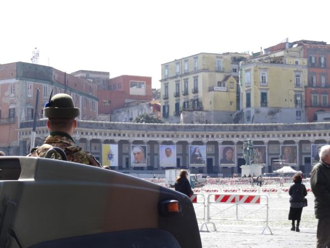 Piazza di Plebescito preparing for the Pope's visit