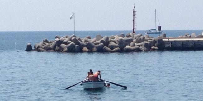 Boys and the sea - Cetara, Amalfi Coast