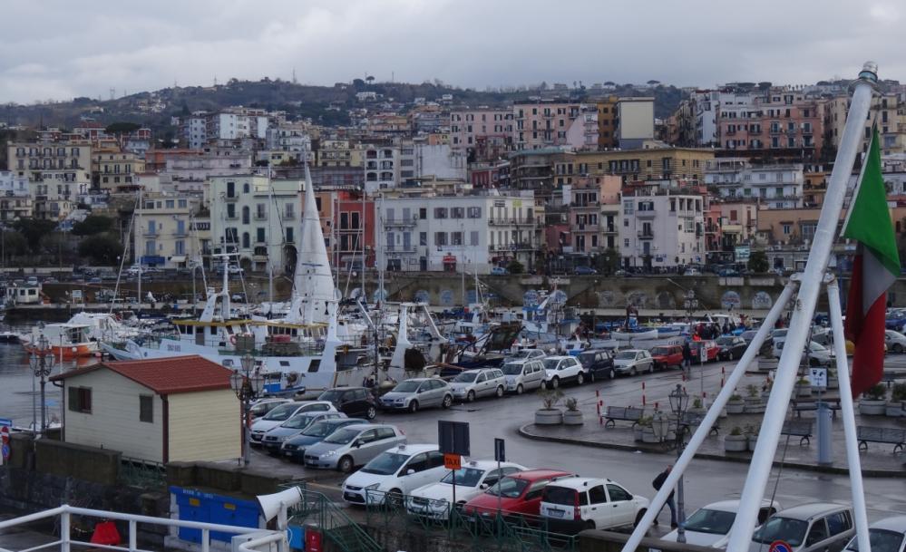 Ferry trip from Pozzuoli to Ischia and back (3/6)