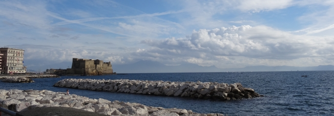 Headed towards Castel Dell'Ovo