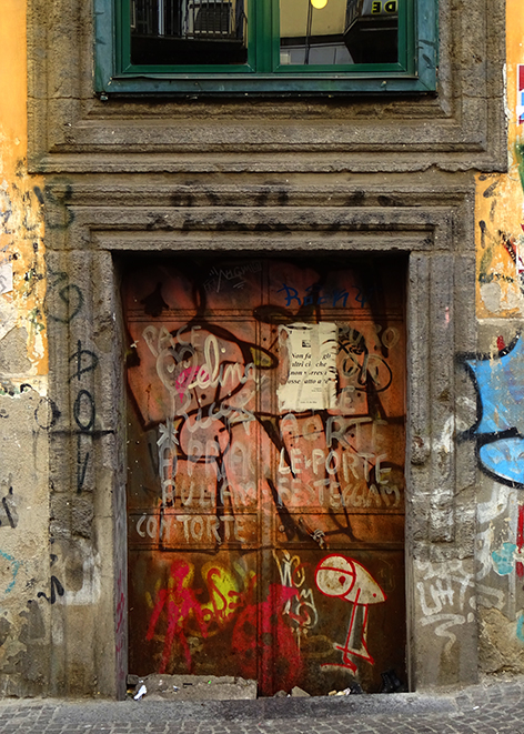 Photograph by Eliza Fraser-Mackenzie of a doorway in Naples, Italy