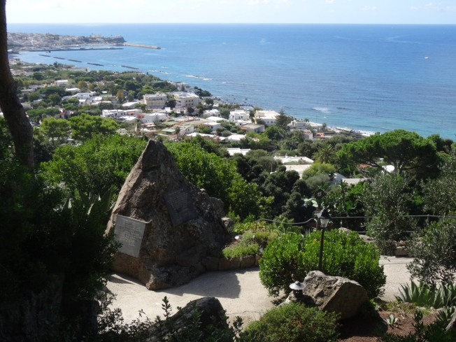 The rock in La Mortella that contains the ashes of William Walton OM, the English composer born in Lancashire 1902 who died on Ischia in 1983. The husband of Suzana Walton whose dedication created La Mortella.