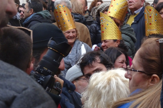 Demonstrators wearing decorated mitres in honour of the treasures of San Gennaro
