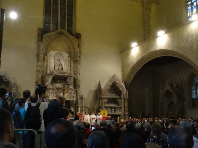 The procession of San Gennaro and the saints arrives in Santa Chiara in Naples, Italy