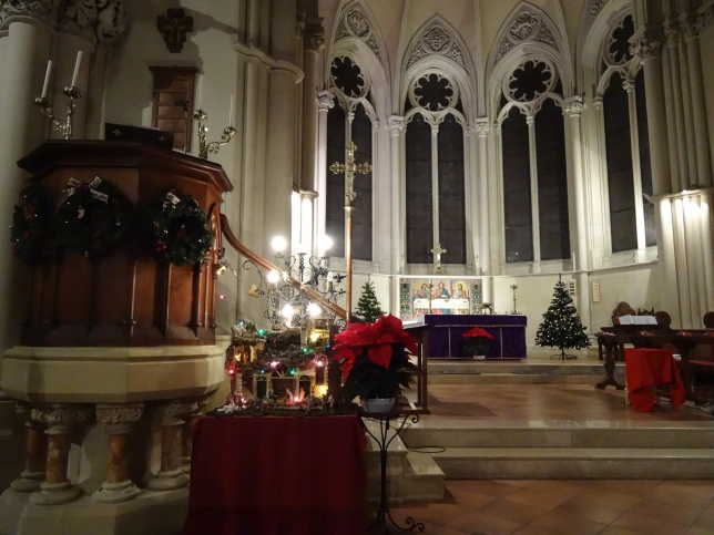 Christ Church in Naples all prepared for its Festival of Nine Lessons and Carols