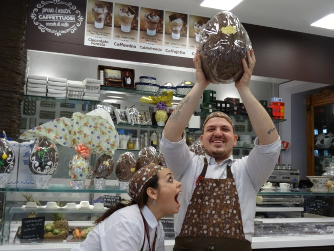 Salvatore Polito and Valentina Guarino of 'Cioccolato Foresta' (Gay-Odin) in Naples