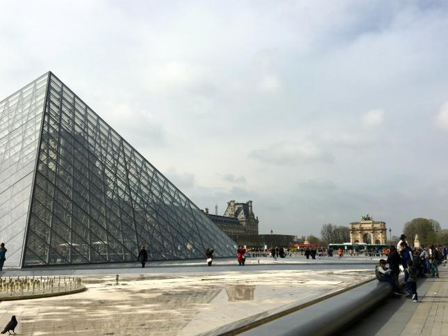 The rendezvous outside the Louvre - Paris, France