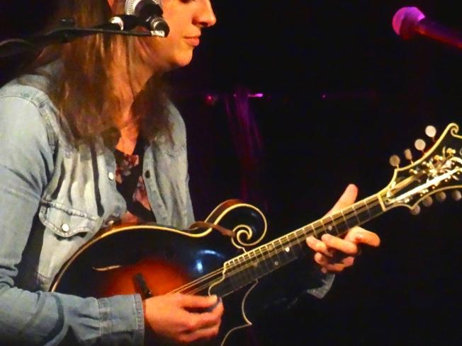 Laura-Beth Salter on mandolin at Sidmouth FolkWeek 2017